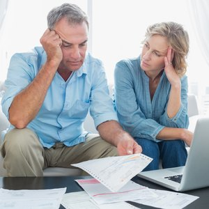 How to Dispute an Old Utility Bill on a Credit Report