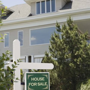What To Do About the Remaining Balance Owed When Selling a House With Negative Equity