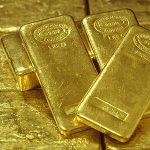 How to Invest in Gold Royalties