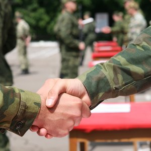 How Does Delayed Enlistment Affect Retirement Pay?