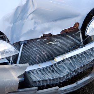 How to File a Comprehensive Damage Auto Claim With an Insurance Company