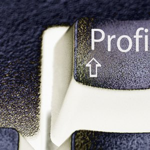 How to Calculate Net Asset Value for a Hedge Fund