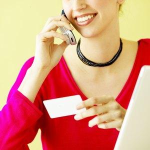 Advantages & Disadvantages of Closing a Credit Card Account
