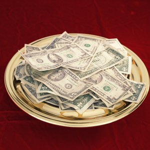 How to Deduct Church Tithing From Taxes