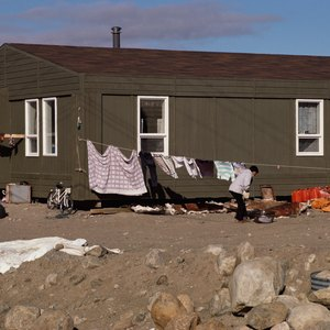 The Pros & Cons of Buying Manufactured Housing