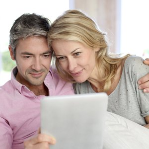How Much Money Should the Average Couple Have Saved by 40?