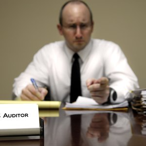 What Salary Does an IRS Auditor Make?