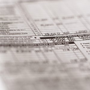 How to Deduct Accrued Shareholder Salaries