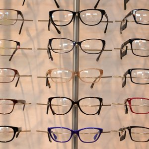 How to Find Eyeglasses Covered by Medi-Cal