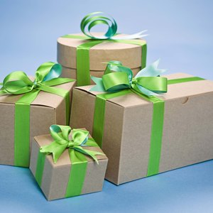 How to Declare Gifts on Tax Returns