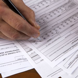 How Many Exemptions Should I Claim on My W-4?