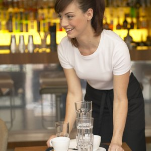 How to File Taxes as a Restaurant Waitress