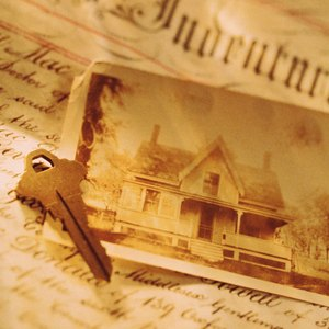 Removing the Name of the Deceased From a House Deed