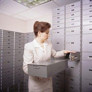 The Advantages of a Safe Deposit Box