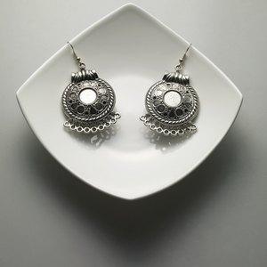 How to Borrow Against Jewelry