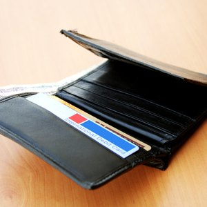 How to Prevent Credit Cards From Being Scanned in Your Wallet