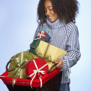 Cheap Holiday Gift Basket Ideas