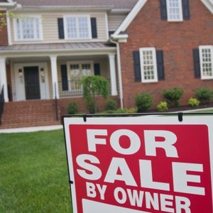 How to Find Homes for Sale Not Listed With a Realtor