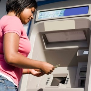 Can I Have a Bank Account While Filing Bankruptcy?