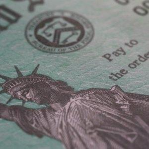 Advantages & Disadvantages of Treasury Bills