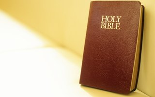How to Locate Free Bible Study Material Online