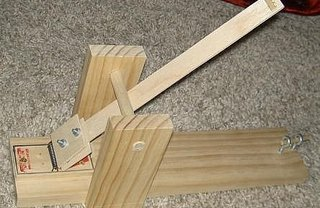 [Article Image] - How to Make a Mouse Trap Catapult