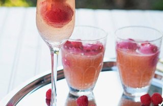 [Article Image] - 9 Boozy Frozen Treats for Adults