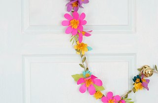 [Article Image] - Easy Paper Flower Garland
