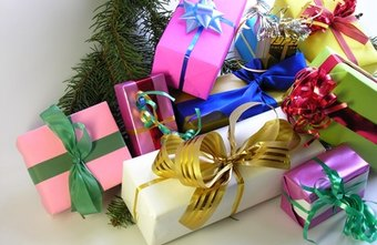 Christmas gift wrapping contest