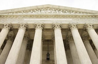 Associate justices of the U.S. Supreme Court earn an average annual salary of $213,900.