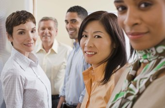 Group meetings allow managers to assess candidate skills.