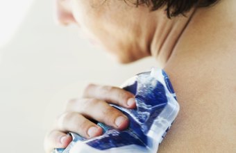 Ice temporarily reduces pain from shoulder bursitis.