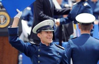 how to be an airforce officer