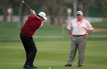 Butch Harmon teaches pros such as Phil Mickelson to shift their weight back as they swing back.