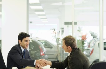 The cover letter for a leasing agent should focus on customer service.