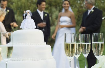 Wedding cake bakery success depends on style and image.