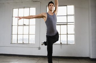 Football players can gain foot strength from ballet.
