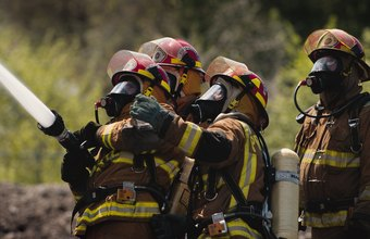 Simulated fires teach recruits how and when to use extinguishing tactics.