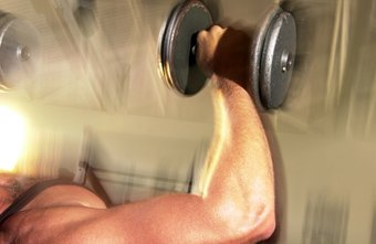 Dumbbells can strengthen both the pectoralis major and minor.