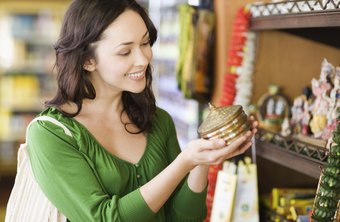 Lower inventory means more room for customers to explore a retail store's merchandise.
