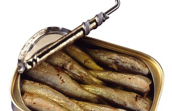 Sardines can add flavor and protein to your low-carbohydrate meals.
