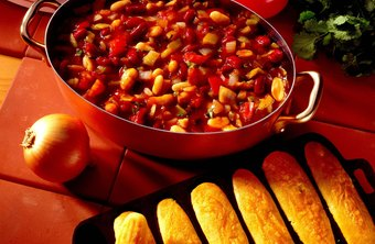 Offer cornbread or crackers with the chili.