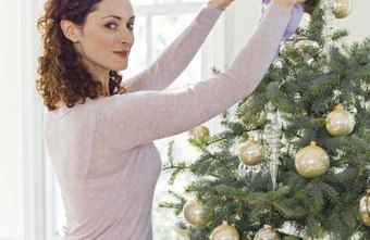 successful decorators are steady flexible original coordinated and precise - Christmas Tree Decorating Service