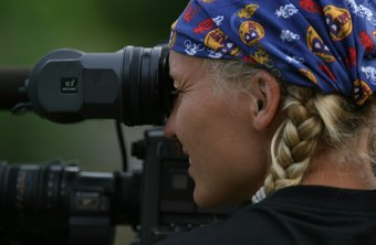 Top-paid videographers can earn over $126,000 annually.