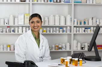 Work setting affects pharmacists' salaries.