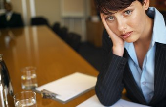 A distracted employee is proof that she may be experiencing problems.