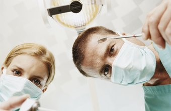 Start earning good pay quickly working with a dentist.