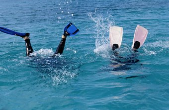 Employers may require divers to use the buddy system, meaning no one dives alone.