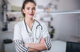 Wages & Benefits for a Registered Nurse