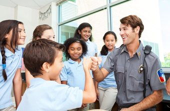 What Is the Job Description of a School Resource Officer?